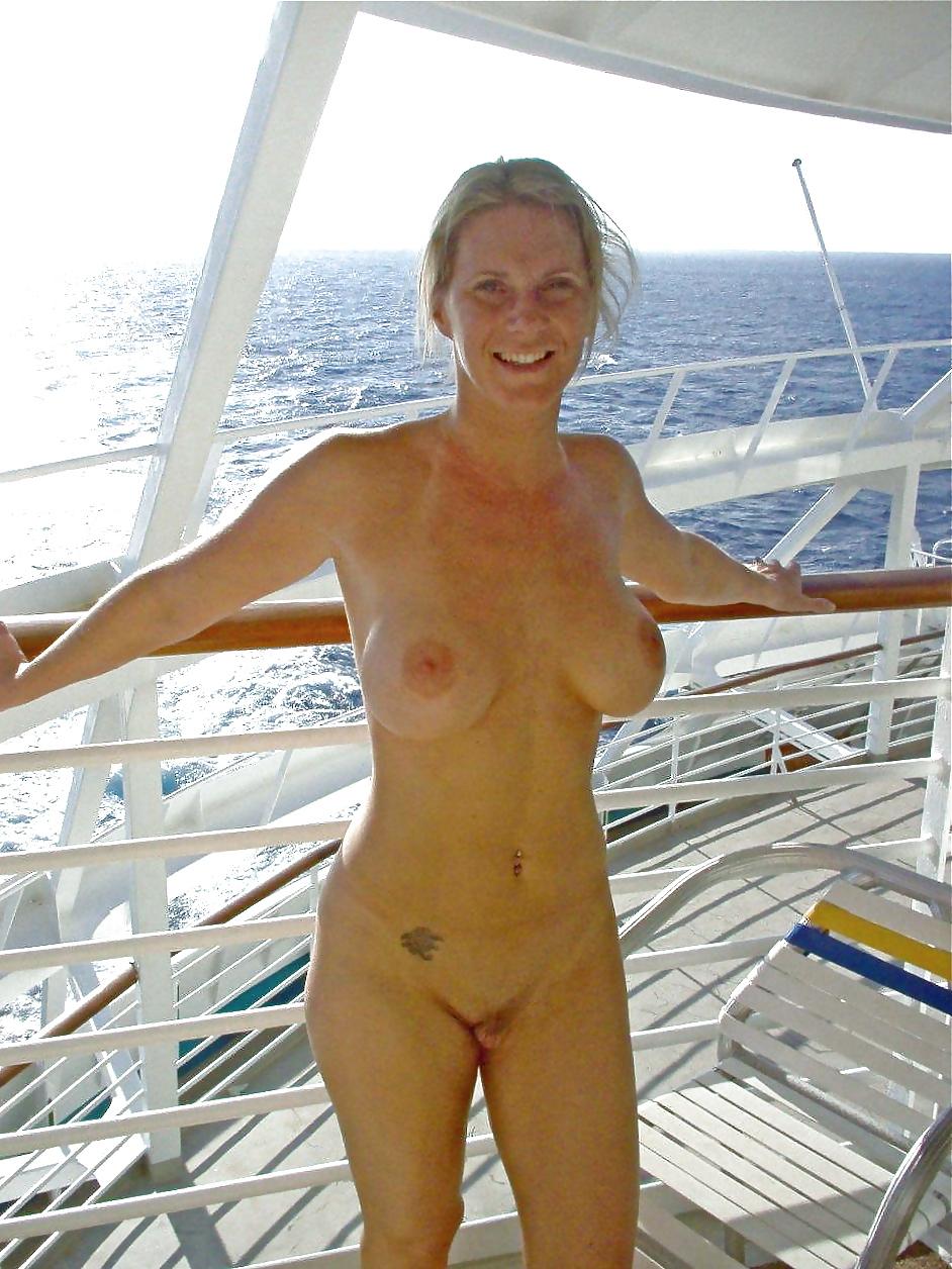 Exhib sur un yacht