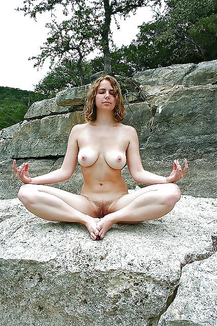 Toute ouverte avec le yoga