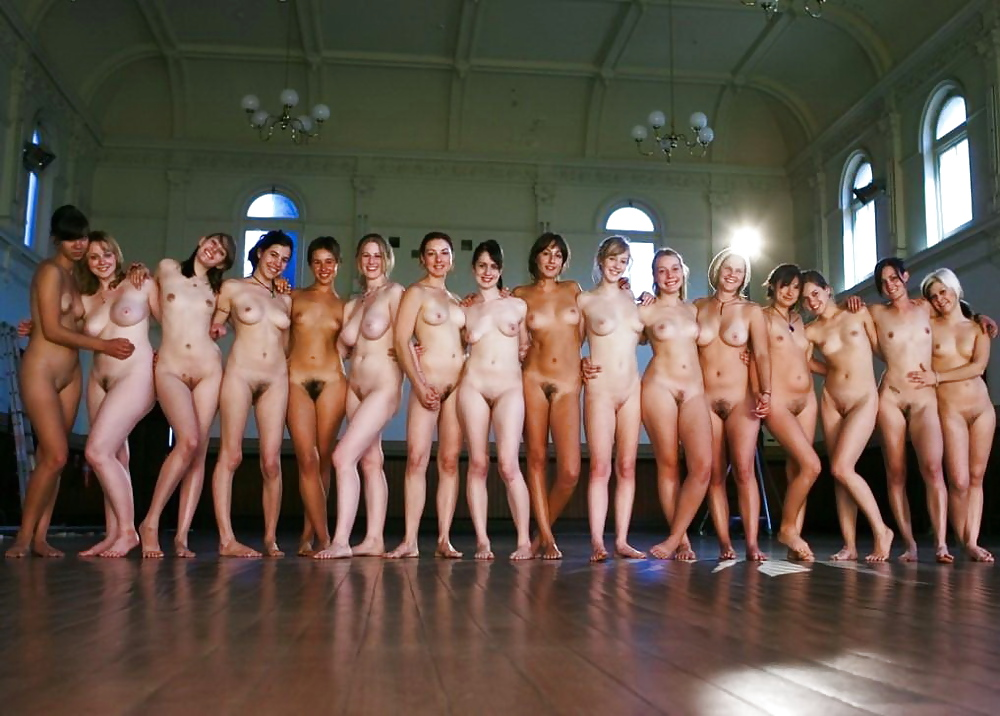 16 filles nues