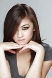 Jolie jeune fille asiatique