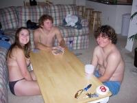 Soirée strip poker entre amis